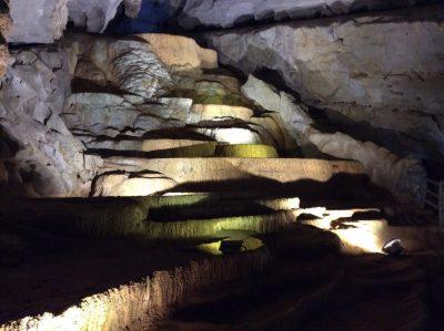 世界の美しい仮想ツアー10選、ベトナムのソンドン洞窟が選出のサムネイル